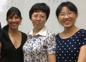 Dr Lui with her daughter Yang Yang and Professor Dissanayake.