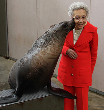 Mrs Olga Tennison received a sloppy kiss from Talwin, the seal